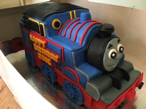 Howtocookthat cakes dessert chocolate 3d thomas train cake thanks ann your cake instructions and templates made it so much easier thank you for all the videos and tutorials theyre amazing and please keep them pronofoot35fo Images