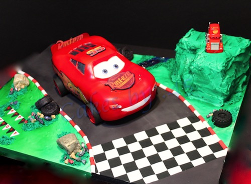 Howtocookthat cakes dessert chocolate 3d lightning mcqueen hi ann thank you so much for this tutorial it was so easy to follow i loved how my cake turned out baditri Choice Image