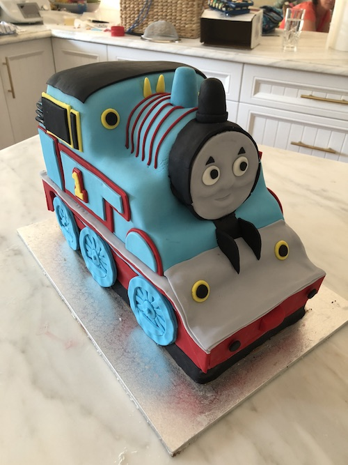 HowToCookThat : Cakes, Dessert & Chocolate | 3D Thomas Train Cake ...