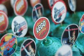 lego party cup cakes easy toppers
