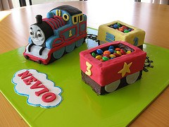 thomas the tank engine loco birthday cake