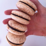 almond flour chocolate macarons