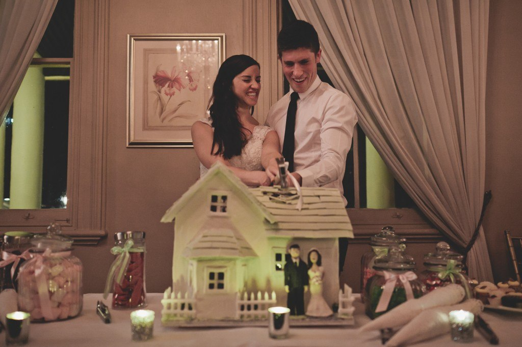 amazing wedding cake gingerbread house