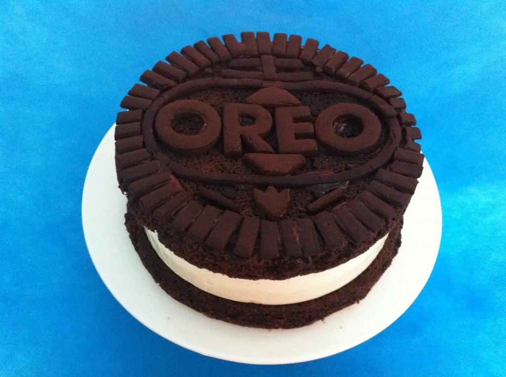 Oreo Cake Decor : HowToCookThat : Cakes, Dessert & Chocolate Giant Oreo ...