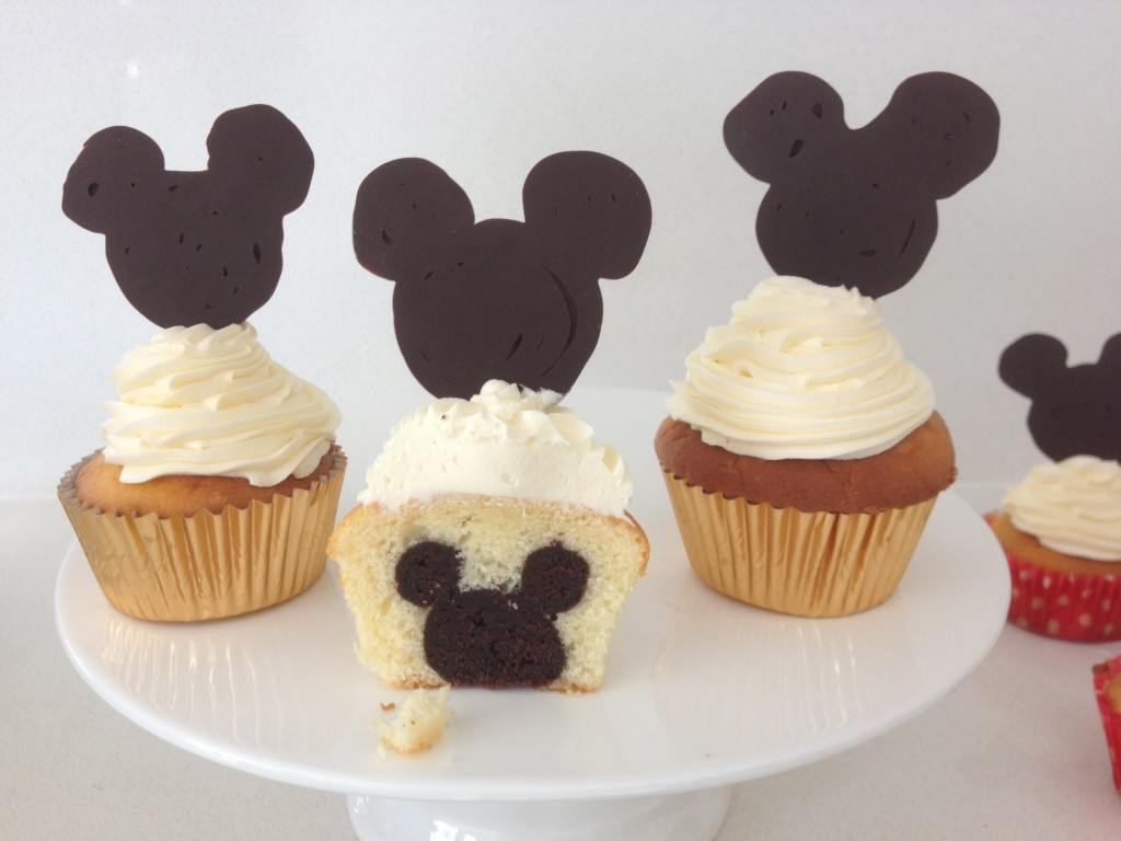 Pictures Of Mickey Mouse Cupcakes : HowToCookThat : Cakes, Dessert & Chocolate Mickey Mouse ...