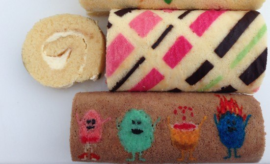 patterned roll cake