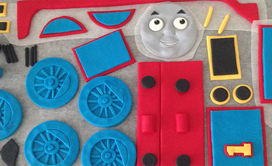 thomas train cake fondant ann reardon