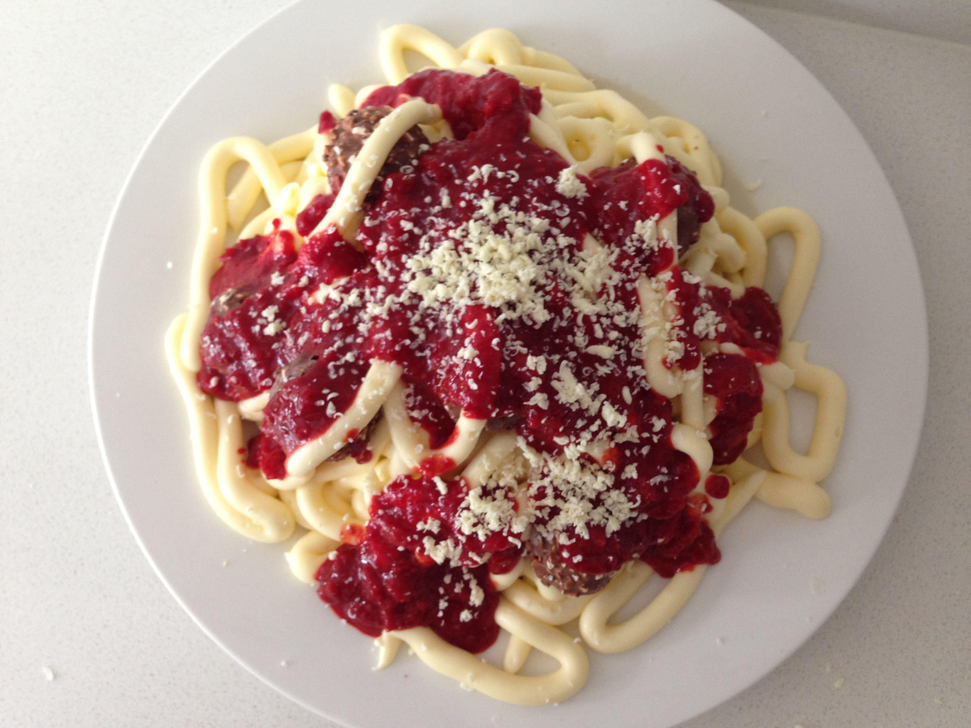 HowToCookThat : Cakes, Dessert & Chocolate | Spaghetti Birthday Cake ...