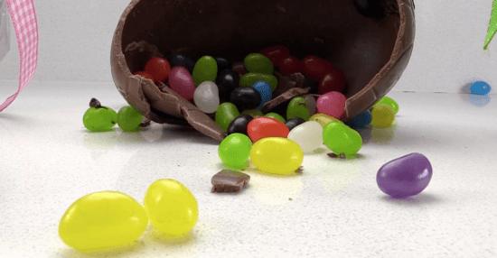 8 idéias para enfeitar seus ovos de Páscoa !!!