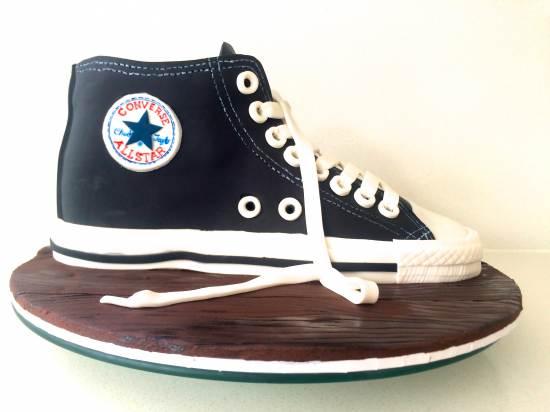 Sugar Fondant Converse Baby Shoe