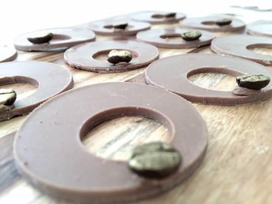 chocolate decorations garnishes
