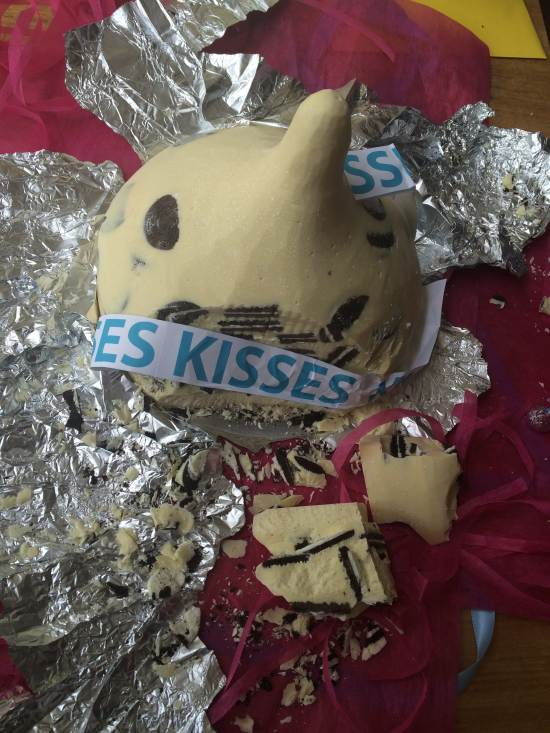 Hershey kisses cake recipe