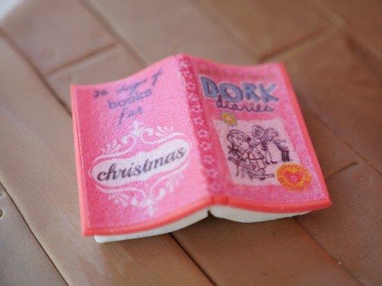 The dork diaries cake ann reardon
