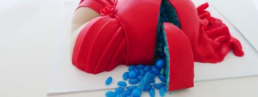 pregnant tummy cake ann reardon