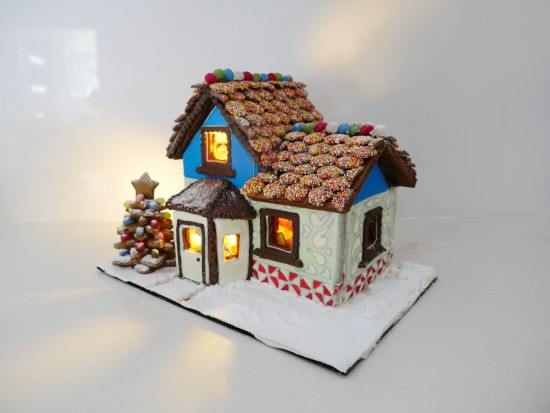 How to make a gingerbread house pictures