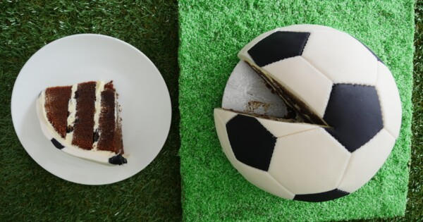 Howtocookthat Cakes Dessert Chocolate Soccer Ball Cake Howtocookthat Cakes Dessert Chocolate