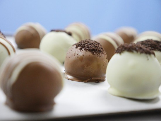 3 ingredient oreo truffles recipe reardon