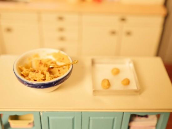 tiny baking dollhouse kitchen cute ann reardon