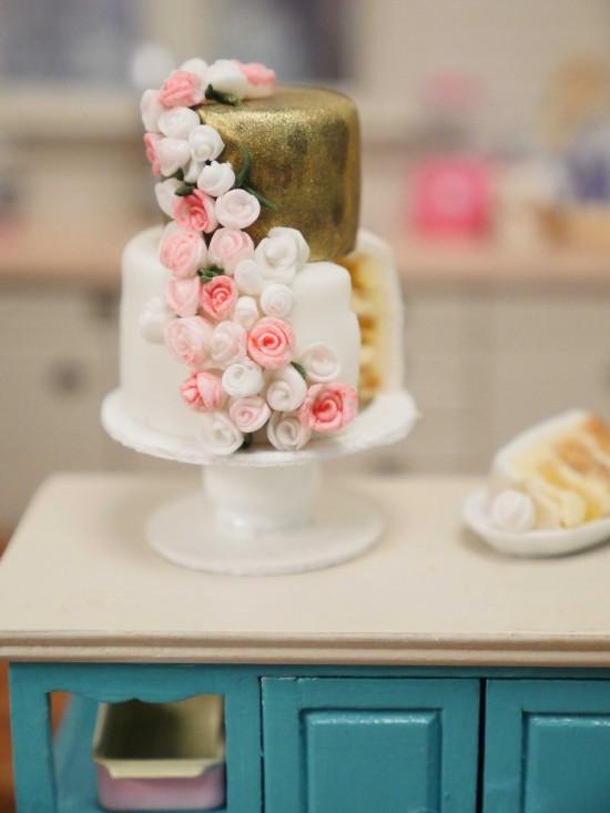 miniature wedding cake fondant