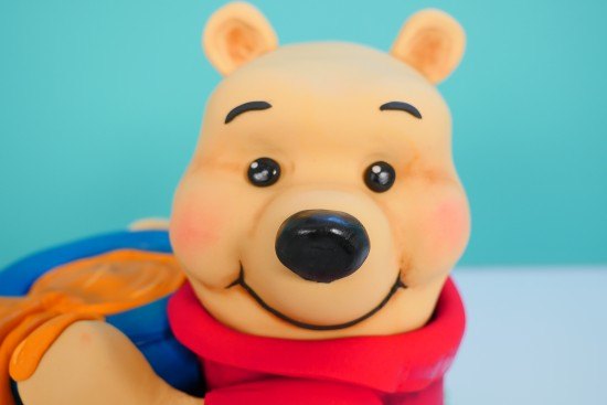 how to make a Winnie the pooh cake