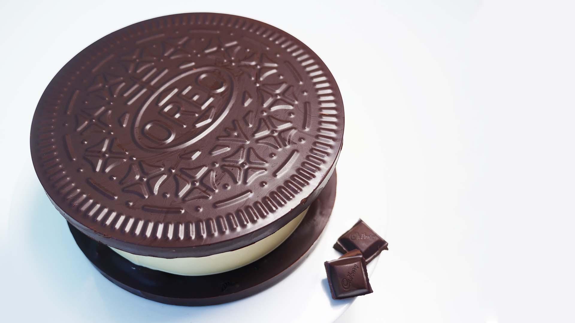 chocolate Oreo box ann reardon