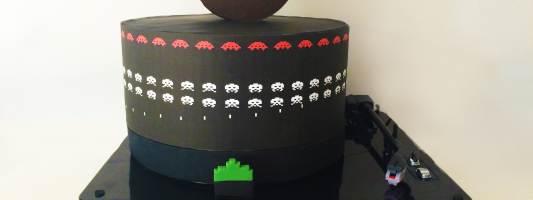 space invaders cake pixels movie
