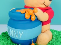 Winnie the pooh cake ann reardon