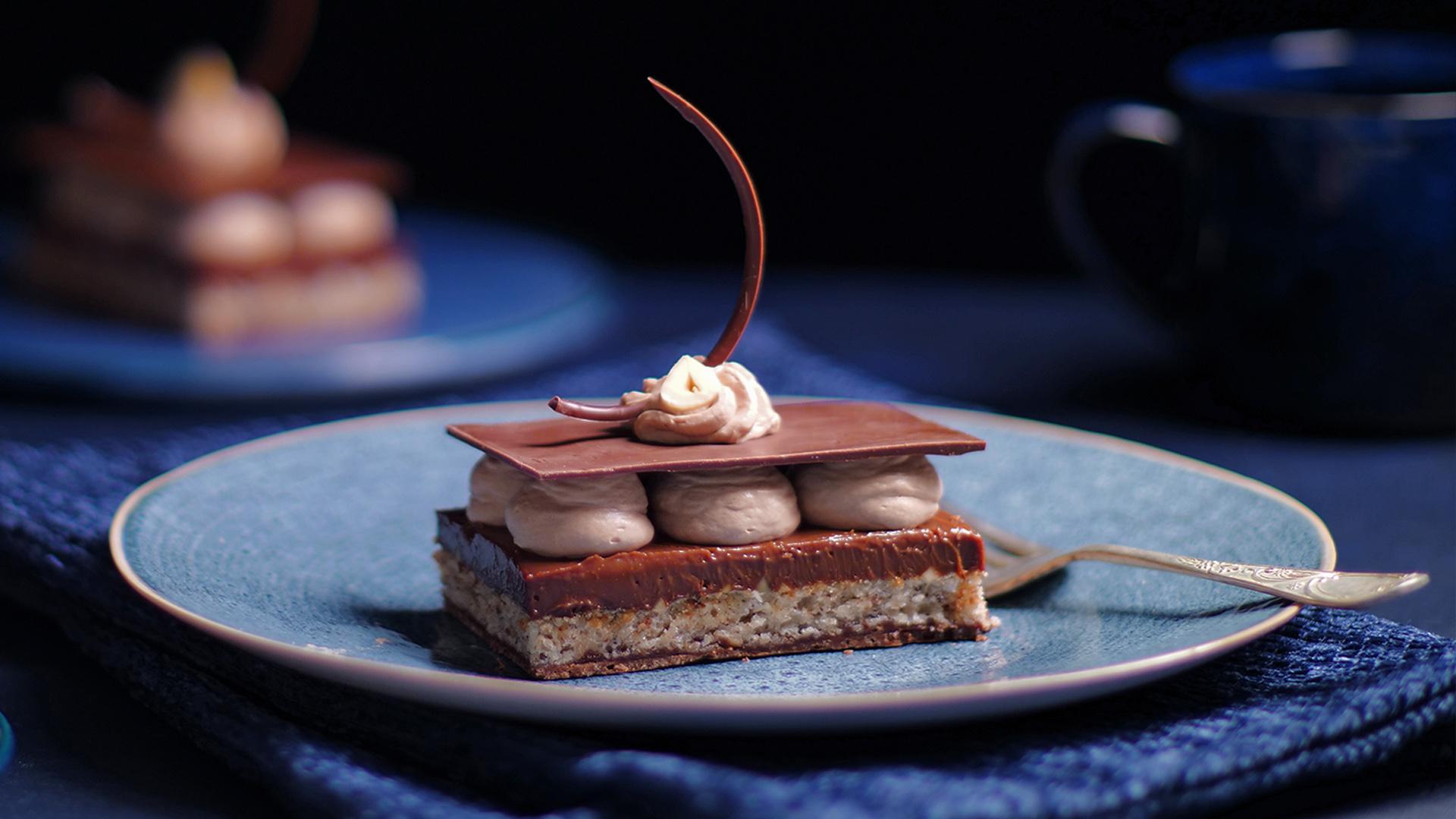 Hazelnut Chocolate Dessert Slice